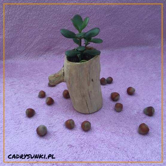 drewniany kubek z rączką
