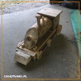 lokomotywa - pociąg z drewna