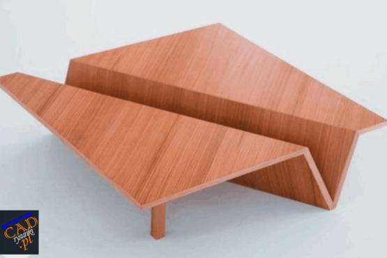 Stół do korytarza ze schowkiem po środku blatu.