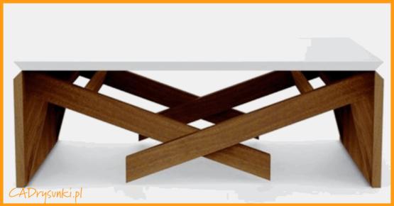 Stolik dla chłopca z podwyższanymi nogami